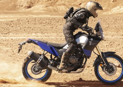 2019-Yamaha-XTZ700-EU-Power_Black-Action-004-03